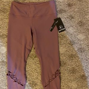 NWT 90 Degree leggings with cut outs